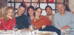 FAMILIA MORA-PELELGRIN 2004