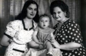 MAMA-YO BEBE-ABUELA